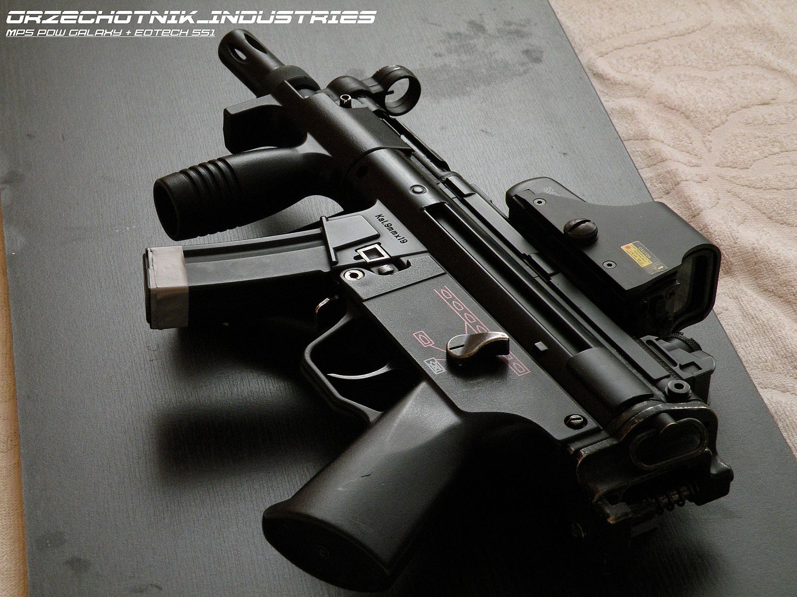 heckler and koch mp5 pdw galaxy with eotech 551